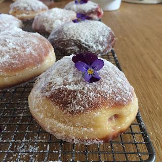 Raspberry and Custard Doughnuts Recipe