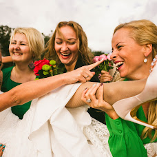 Wedding photographer Diana Dvoryadkina (Diadi). Photo of 16.10.2014