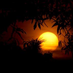 ::: hiding sunset ::: by Budjana Yamazaki - Landscapes Weather (  )