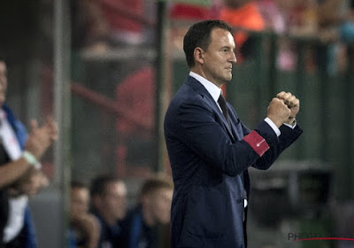 Standard-coach debuteert in stijl en bedankt spelers en supporters