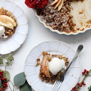 Vegan + Gluten-Free Cinnamon Apple Crisp