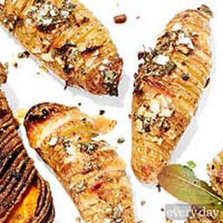 Garlic + Parmesan Hasselback Potatoes
