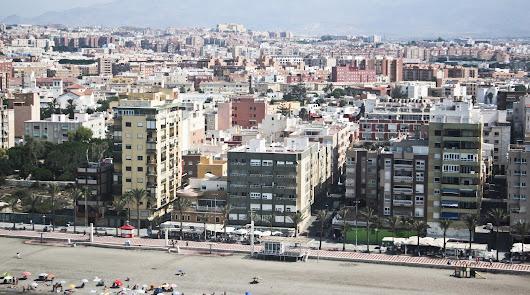 La vivienda vale hoy menos de la mitad en Almería que hace 10 años