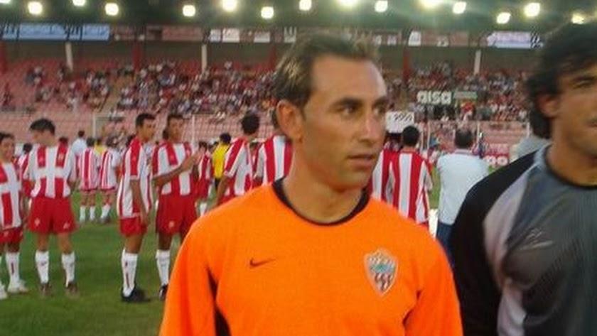 Barbero en un partido con el Almería.