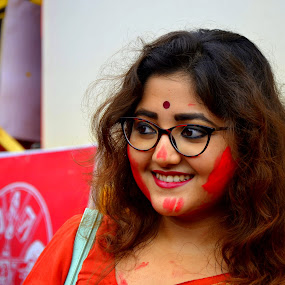 The smile that can catch your attention  by Santanu Goswami - People Portraits of Women