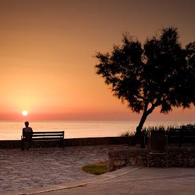 Early morning by Tommy Johansen - Landscapes Sunsets & Sunrises ( hilliday, beach, seaside, sunrise, morning, sun )