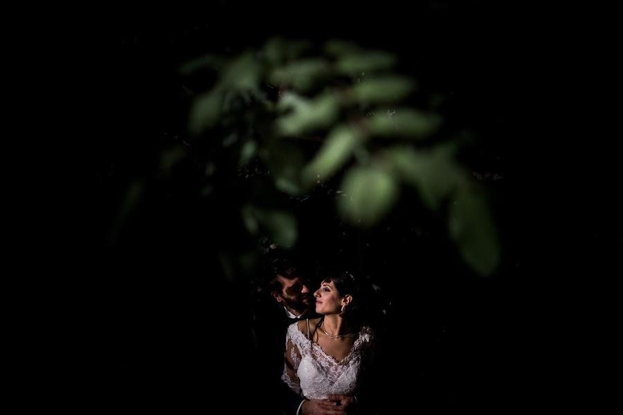 Wedding photographer Leonardo Scarriglia (leonardoscarrig). Photo of 13.02.2019
