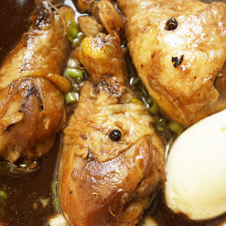 CROCK POT OR STOVE TOP CHICKEN ADOBO – JUST LIKE HOW MY MOM COOK IT