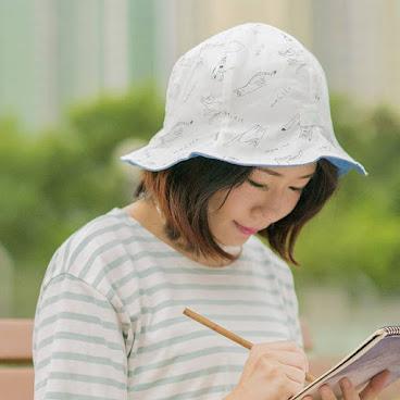 手稿貓  生活很累? 讓自己靜下來, 拿起鉛筆草草畫畫 筆跡不美不要緊, 就讓自己回到童年快樂塗鴉  #lameow #藝術既野你識咩呀 #hats. #handcraft #布藝 #手作 #帽子 #meow