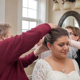 Bride getting ready by Greg Reeves - Wedding Getting Ready ( bride, wedding photography, weddings, wedding day, wedding, getting ready )