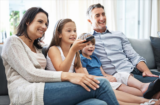 Parents can help their children learn more from television programs by watching them together suggests new research. ©shapecharge / Istock.com