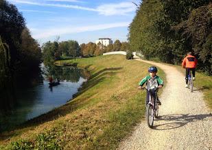 Photo: Von Norden (an der Eisenbahn) fädeln wir uns nach Padua ein.