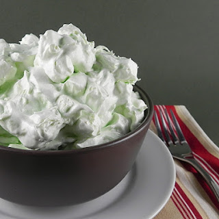 """Green Stuff"" Marshmallow Salad"