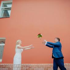 Wedding photographer Dmitriy Sapozhnikov (Sapojnikov). Photo of 06.09.2015