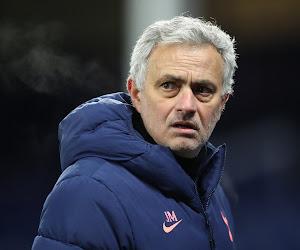 Bizarre taferelen in Tottenham: hond krijgt stadionrondleiding en Mourinho weet van niets