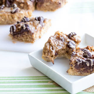 Slow Cooker Whole Wheat Banana Oat Chocolate Chip Breakfast Bars with Cinnamon Drizzle.