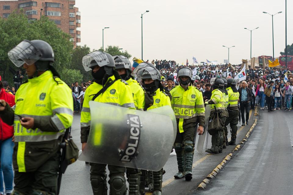 Policía, Colombia, Protesta, Marzo, Resistencia, Bogotá