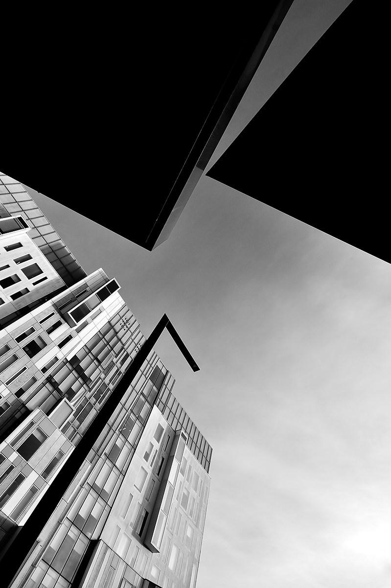 Ritagli urbani di Luca Mandelli
