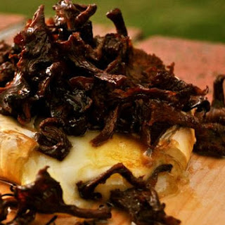 Brie Topped With Chanterelle Tapenade