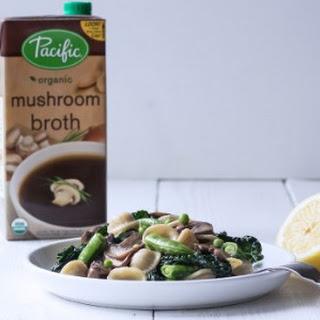 Mushroom Pasta with Spring Peas in Cream Sauce