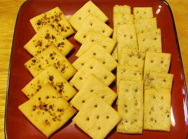 Homemade Crispy Crackers Recipe