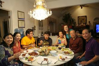 Photo: Con trai cả nướng thịt  rất ngon mời cả nhà ,xà lách ai làm mà cũng ngon rứa hè!?