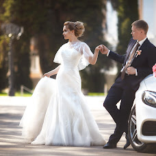 Wedding photographer Aleksandr Bondarev (AleksBond). Photo of 08.10.2017