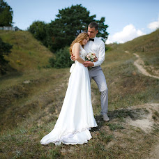 Wedding photographer Yuliya Pavlyashek (juliArt). Photo of 25.10.2017