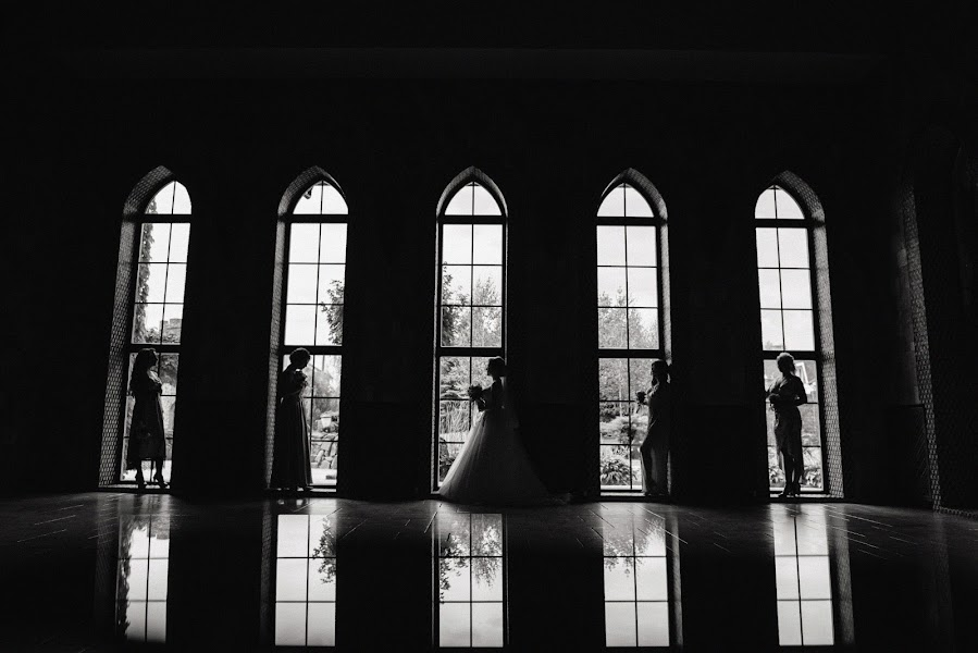 Wedding photographer Aleksey Bondar (bonalex). Photo of 28.08.2019