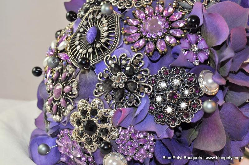 Photo: Black & Purple Hydrangea Bridal Bouquet www.bluepetyl.com