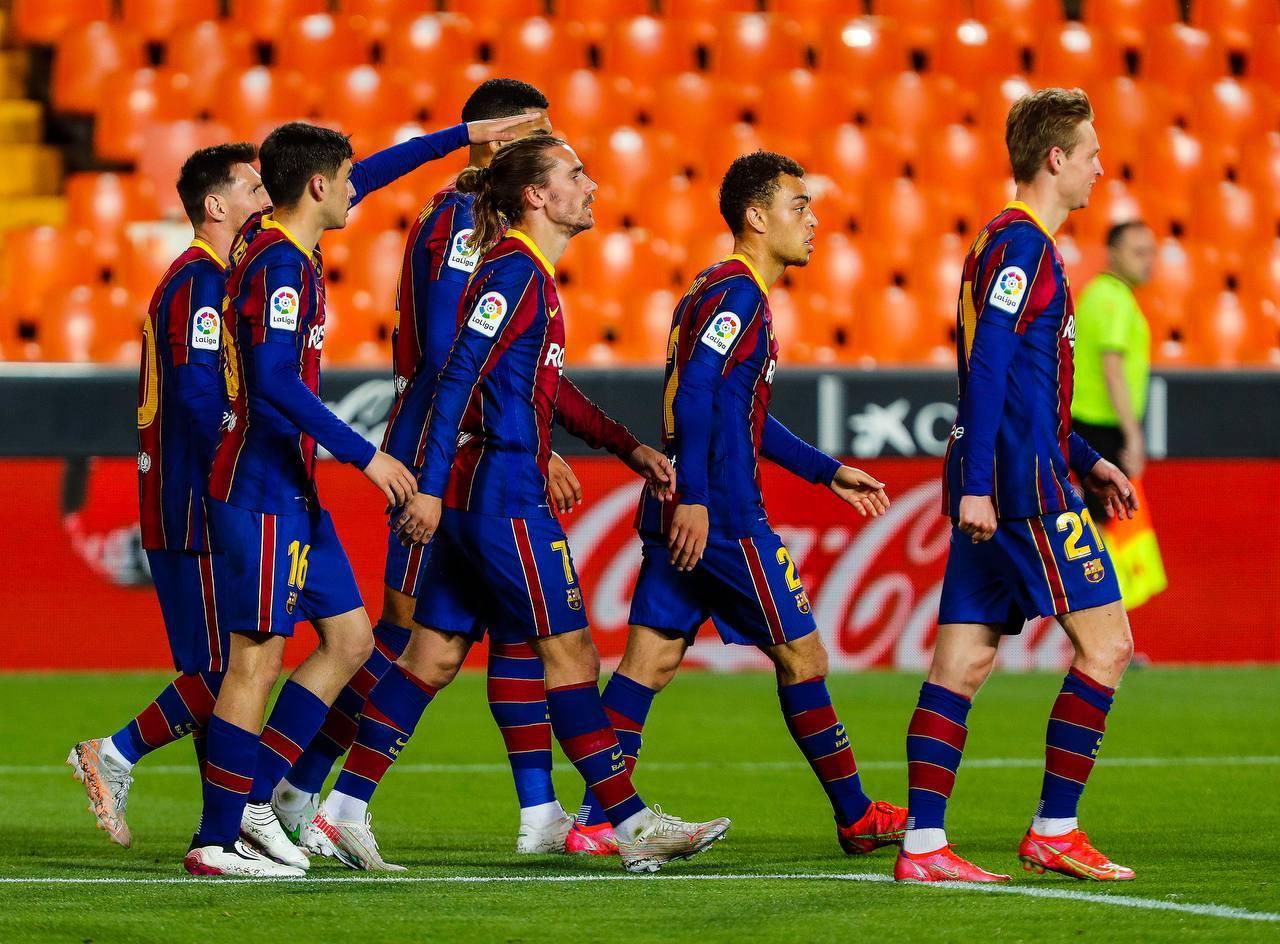 Barcelona cần phải thi đấu thật tự tin trên sân Nou Camp