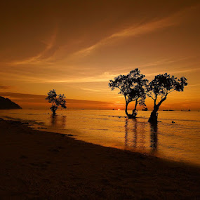 Waiting for tonight by Gery Arsuma - Landscapes Beaches ( pantai nirwana padang )