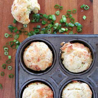 Bacon Scallion Cheddar Corn Muffins