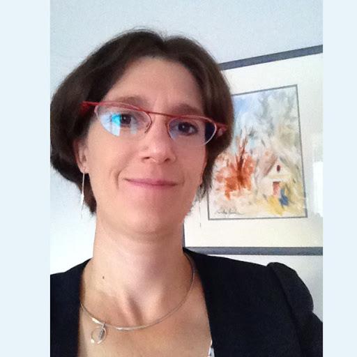 Delphine Béchir court pour L'Arche Le Levain