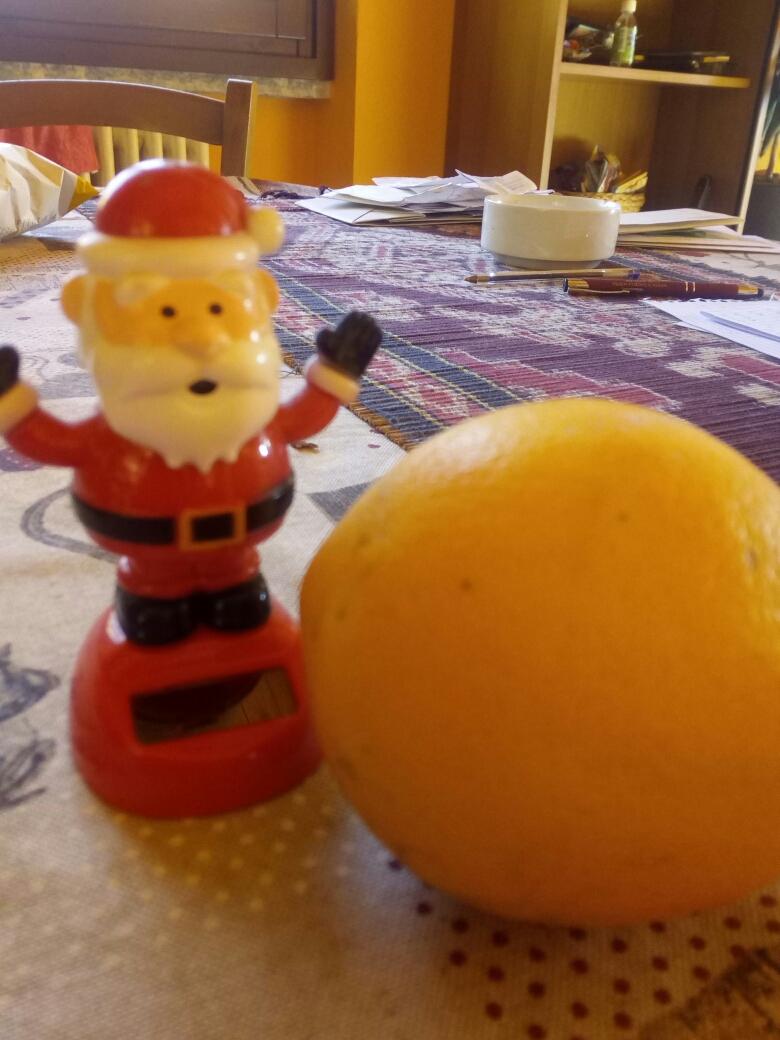 Babbo Natale sfocato. di massimo_autieri