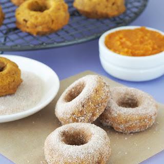 Pumpkin Cinnamon Sugar Baked Doughnuts.