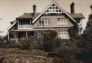 Photo: Old Orchard, Broadstone, Dorset in 19?? Wallace built this house and lived there from December 1902 until his death on 7 November 1913. Photographer: ? First published: Raby (2001). Scanned with permission from the original owned by the Wallace family. Copyright of scan: A. R. Wallace Memorial Fund & G. W. Beccaloni.