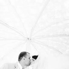 Wedding photographer Arina Romanova (richy). Photo of 14.08.2013