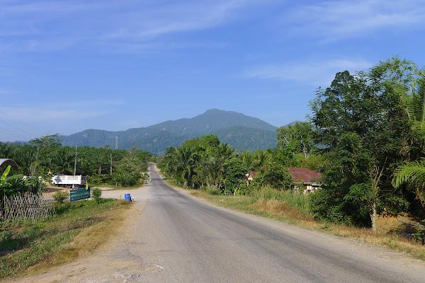 Visit Khao Phanom Bencha National Park