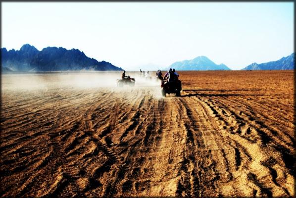 Il viaggio....nel deserto. di Sasina