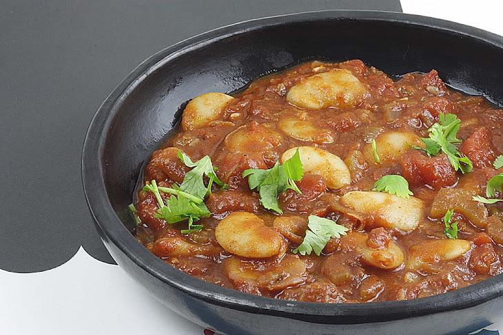 Arabic Seven Spice (Baharat) White Bean Stew Recipe