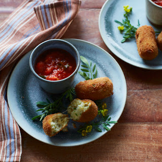 Potato-and-Mozzarella Croquettes