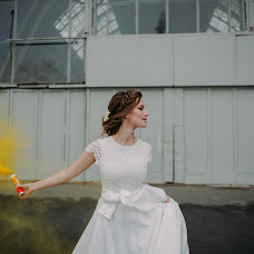 Wedding photographer Aleksandra Burdakova (burdakovaa). Photo of 17.10.2016