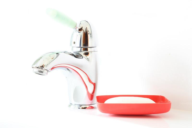 Lavati le mani! di Alescia