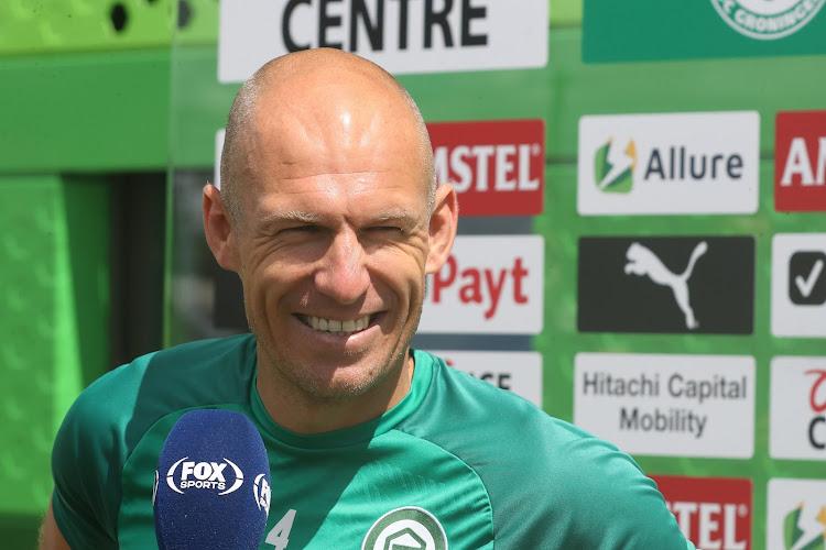 """🎥 Arjen Robben reageert na rentree bij Groningen: """"Opgeven staat niet in mijn woordenboek"""""""