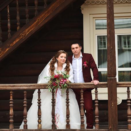 Wedding photographer Kristina Smirnova (irkkris). Photo of 14.12.2017