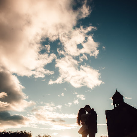 Wedding photographer Rafael Adamyan (rafa). Photo of 26.11.2017