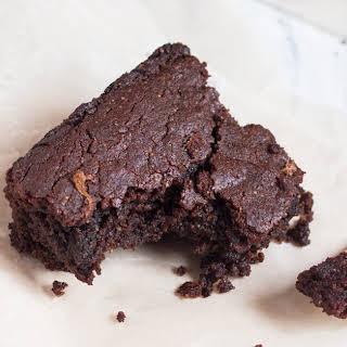 Vegan Gingerbread Brownies.
