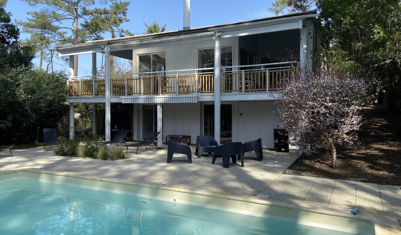 Villa avec piscine et terrasse Lege-cap-ferret