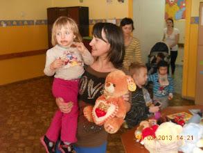 Photo: 14. 02. 2013 roku - dzieci chętnie biorą
